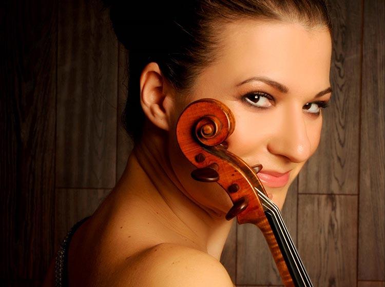 Alda Dizdari, violin