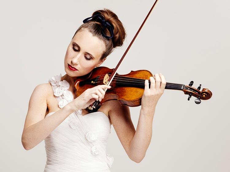 Jennifer Pike, violin